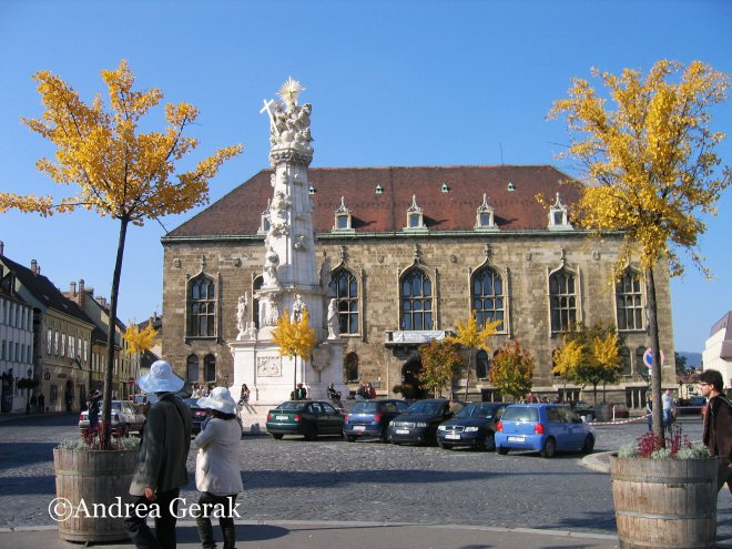 Trinity Square in the autumn, Budapest